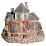 PLASTIC DECORATION - SMALL HOUSE CH1545